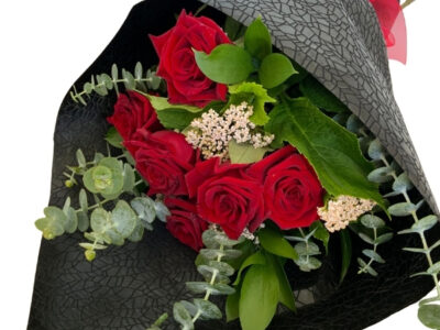 tokoroa florist roses bouquet red